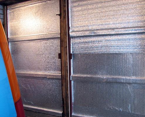 Утепление ворот гаража пенофолом